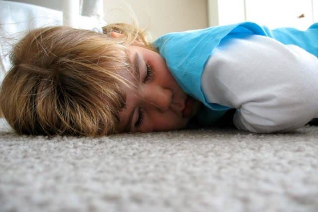 Girl Sleeping - photo by blank66